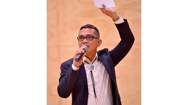 Edgardo Castro Speaking picture